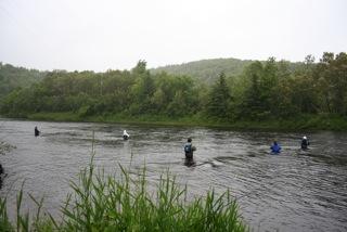 2b_potlotek_students_in_river