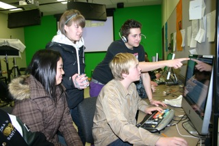 students_in_the_bell_e-learning_lab