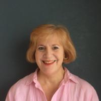 Mary Lynne Stewart headshot