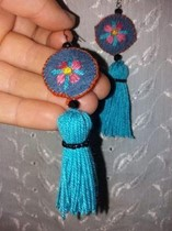 A photo of fabric jewelry.